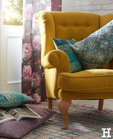 Mit farbigen Sesseln Statements setzen. #meinhöffi Camping Chairs, Butterfly Chair, Reading Nook, Wingback Chair, Hygge, Diy Home Decor, Accent Chairs, Statements, Furniture