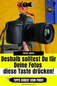 #FotoHacks #Smartphone #Fotografie #Lensballfotografie #Glaskugelfotografie #Weiterbildung #Selbstportrait #Fotografieren #Selbstporträt #Instagram #FotoTips #FotoIdee #FotoIdeen #Bildidee #Inspiration #SexySelfie #Zuhause #Fotoshooting #Pose #Kamera #Modele #Fotos #Retro #Selbstportraits #KreativeFotografie #FotografierenLernen #Schallplatten #PhotoIdea #DIY #LowBudget #FotoHack #PhotoHack #PhotoHacks #Gegenlicht #Inspiration #Retro #Fotos Photo Hacks, Photo Tips, Smartphone Fotografie, Fotografie Hacks, Foto Blog, Photoshop, Bokeh, Photography Tips, Behind The Scenes