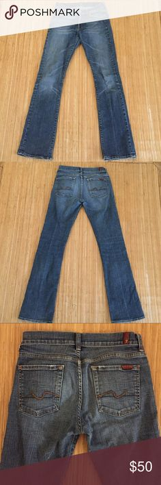 Seven 7 For All Mankind Jeans Bootcut size 28 In excellent condition and barely worn. This is the perfect pair of bootcut jeans in size 28. 7 For All Mankind Jeans Boot Cut