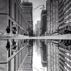Parallel Worlds of City Rain Reflections in Toronto – Fubiz Media
