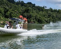 Waterskiing on the Rio.  | mjsailing.com | Sailing blog