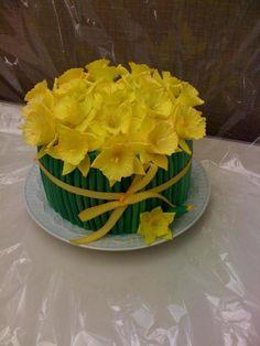 Daffodil Cake on Cake Central