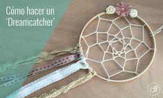 Aprende a cómo hacer un atrapasueños o dreamcatcher bohemio, perfecto para la decoración de una boda o para un regalo. Más ideas en Castillo de Princesas.