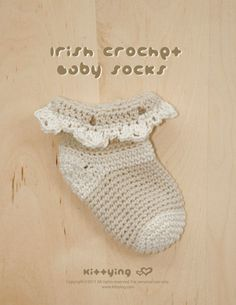 Irish Crochet Baby Socks PATTERN by kittying.com from mulu.us | This pattern includes sizes for 0 - 12 months.
