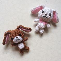 Cute Sanrio Sugar Bunnies - Free Amigurumi Pattern here: http://drunkwithcaffeine.blogspot.com.es/2015/01/amigurumi-pattern-sanrio-sugar-bunnies.html