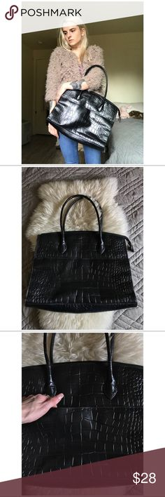 """BOGO •90's VTG Embossed Leather """"Crocodile"""" Tote• -> Genuine Leather (presumably embossed cowhide) -> Zip Closure  -> In almost unworn condition save for some light distressing on corners (pictured) -> Lining is very clean  -> Very structured   MEASUREMENTS   H 13"""" X 16""""   TAGS   #vintage #90s #1990s #minimal #minimalist #large #travel #simple #briefcase #Xlarge #chic #oversized- Vintage Bags Totes"""