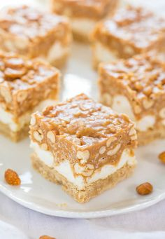 Salted Peanut Chews - Salty-and-sweet with a little bit of crunchy and lots of chewy-and-gooey!! So easy and a crowd favorite!! Mmm! | averiecooks.com