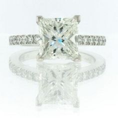 Love this ring!! Hopefully my future husband looks at my pintrest lol