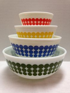 Vintage Set of 4 Pyrex DOT Mixing Bowls by ssmith7157 on Etsy