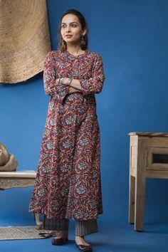 Shalwar Kameez, Kurti, Very Good Girls, A Line Kurta, Kurta With Pants, Indian Suits, Kurta Designs, Online Shopping Stores, Pakistani Dresses