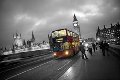 London Black And White And Red Wallpaper London Bus Black And White Photography With Color Fashion