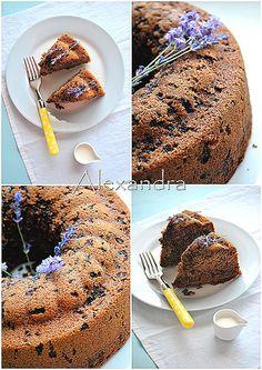 Κέικ με κόκκινο κρασί Doughnut, Sweet Recipes, Food To Make, Lemon, Sweets, Cooking, Ethnic Recipes, Desserts, Cakes
