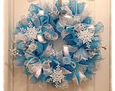 Snowflake Turquoise and Silver Deco Mesh Wreath Christmas Deco Mesh Wreath Snowflake Wreath for Christmas 2014, this makes me think of #Disneys #Frozen Movie