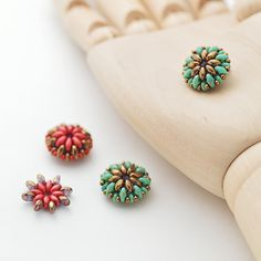 画像3: スーパーデュオ ターコイズグリーンピカソ Seed Bead Jewelry, Bead Jewellery, Seed Bead Earrings, Beaded Earrings, Beaded Bracelets, Beaded Jewelry Patterns, Beading Patterns, Earring Tutorial, Beading Tutorials