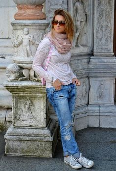 Discover and organize outfit ideas for your clothes. Decide your daily outfit with your wardrobe clothes, and discover the most inspiring personal style Converse Outfits, Sneaker Outfits, Jean Outfits, Casual Outfits, Fall Outfits, Jeans Und Sneakers, Sneakers Looks, Converse Sneakers, Outfit Jeans
