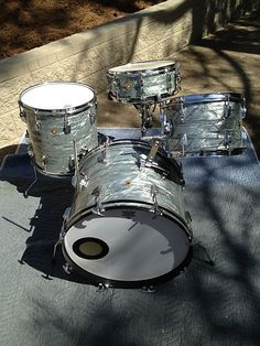 Mid 60s Ludwig Sky Blue Pearl Drum Set with Matching Snare | eBay
