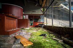 Pontiac Silverdome (Pontiac, Mich). | #abandoned #stadium