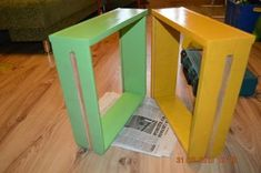 Creative Ideas - DIY Repurpose an Old Nightstand into a Play Kitchen Life Hacks, Recycling, Old Furniture, Tricks, Nightstand, Repurposed, Diy Projects, Creative, Kitchen