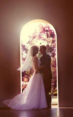 A love escape wedding Destination Wedding, Wedding Planning, Creative Wedding Photography, Wedding Dresses, Photo Studio, Wedding Photography, Bride Dresses, Bridal Gowns