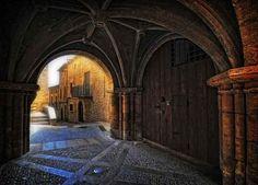 Descubre los rincones de #Aragón. En Polidas chamineras blog. Calaceite, #Teruel, by José Luis Mieza