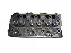 Free Shipping Cylinder Head D1305 1G053-03044 16030-03044 for Kubota Compact Utility Tractor - B2650 B2920 Utility Tractor, Kubota Tractors, Zero Turn Mowers, Backhoe Loader, Aftermarket Parts, Cylinder Head, Oem Parts, Diesel Engine, Compact