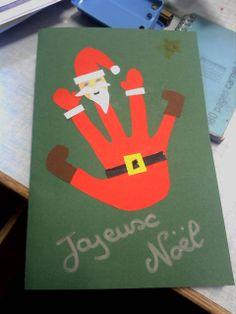 Père Noël fabriqué à partir de la main d'un élève.