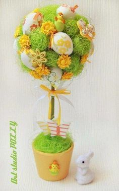 Diy Projects Easter, Easter Egg Crafts, Easter Eggs, Easter Tree, Easter Wreaths, Diy Ostern, Easter 2021, Craft Day, Paper Flower Tutorial