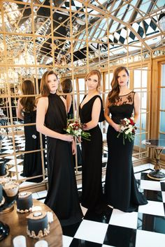 Luxurious Black & Gold Wedding Inspiration | Kate Nielen Photography | Bridal Musings Wedding Blog 45