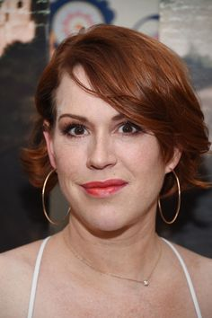 Molly Ringwald Short Wavy Cut - Molly Ringwald styled her short hair with flippy waves for the New York premiere of 'A Tale of Love and Darkness.'