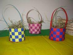 Lente en Pasen - mandjes - vlechten - papier - knippen - knutselen - kinderen