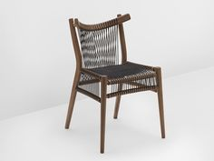 Chaise en bois massif Collection Loom by H Furniture | design Hierve