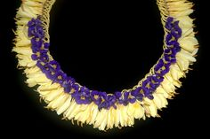 Micronesian Blue Ginger Lei by chinalilikoi, via Flickr