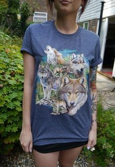 Wildlife Seven Wolves T-shirt, Wolves Top, Wolf Tee, New