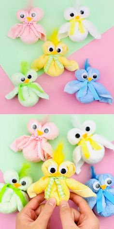 These cuddly and cute DIY Towel Chicks are a simple and fun Easter Craft for kids to make. They require just one small wash towel and no sewing! crafts for kids Diy Crafts For Gifts, Holiday Crafts, Easy Crafts, Bunny Crafts, Easter Crafts For Kids, Easter With Kids, Cute Diy, Diy Teddy Bear, Towel Animals