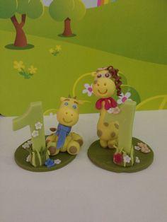 Bomboniera primo compleanno Giraffe in pasta di mais www.facebook.com/tiptoescreation