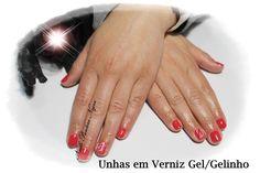 Unhas em Gelinho ou Verniz gel em cor pink/red com nail art feita á mão!