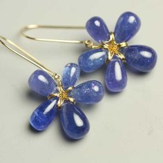 Tanzanite 18 k Solid Gold Wire Wrapped Flower