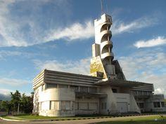 El Mundo Según Coco: Vuelta por el Salamone (Municipalidad de Guaminí) #Arquitectura #Architecture #ArtDeco #Pampa