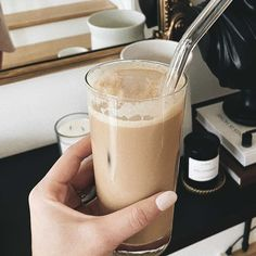 nespresso iced latte recipe #nespresso #icedlatte #coffee Wellness Mama, Wellness Quotes, Wellness Tips, Nespresso Iced Latte Recipe, Teacher Diva, Fitness Inspiration, Style Inspiration, Healthy Style, Fitness Motivation Pictures