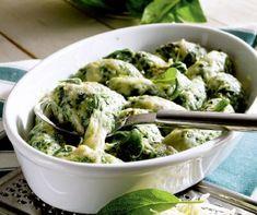 Hétköznap este ritkán jut időnk háromfogásos vacsorát főzni, ilyenkor a… Pesto, Cabbage, Salads, Curry, Lunch, Bread, Dinner, Vegetables, Healthy