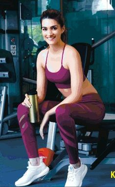 "Follow me ""S M Uddin"" . . Bollywood Bikini, Bollywood Girls, Bollywood Celebrities, Bollywood Fashion, Bollywood Heroine, Beautiful Bollywood Actress, Beautiful Indian Actress, Katrina Kaif Photo, Beautiful Athletes"