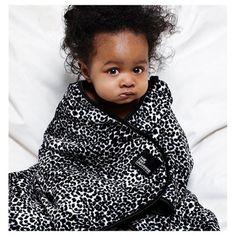 The Tiny Universe Tiny Wrap Leopard Filt | The Tiny Universe | Filtar & plädar för baby & barn