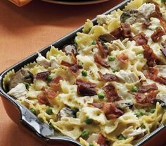 Looking for a wonderful recipe made using pasta and Green Giant® Simply Steam® sweet peas? Then check out this delicious chicken for dinner that's sprinkled with bacon and cheese.