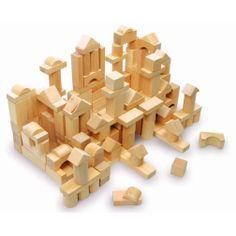#woodenblocks. Con il legno possiamo progettare, costruire, immaginare, sperimentare, imparare. Questo set di #costruzioniinlegno naturali dipinte con cera d'api lo trovate su http://www.giochiecologici.it/p/204/costruzioni-naturali