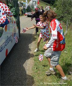 Tour Caravan Hand Outs