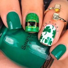 Patrick Suit Nail Art ★ We have collected many greenish and so lovely St Patricks Day nail art ideas for you to get inspired. Pick the one you love and let us rock this holiday! Accent Nails, St Patricks Nail Designs, Nail Art Designs, Nails Design, Sant Patrick, Irish Nails, St Patricks Day Nails, Nail Art Pictures, Nagel Gel