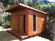 Casa jardín 4x4. Sobre madera 3128366403