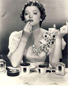Les Stars d'Hollywood et les Produits Max Factor -  Rouge à Lèvres - Myrna Loy