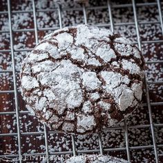 Chocolate Crinkle Cookie – a cookie that will satisfy the most serious chocolate cravings. Fudgy, soft and delicious it's the cookie for you! This cookie has been enticing me for some time. When looking for a recipe I stumbled upon a recipe by Americas Test Kitchen and I know that their recipes are always spot [...]