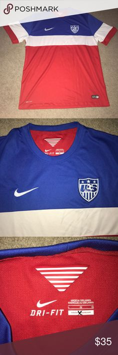 USA nike Drifit soccer jersey Large men's 2014 Nike USA authentic soccer jersey in excellent condition Nike Shirts Tees - Short Sleeve